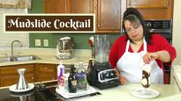 How to Make a Mudslide Cocktail