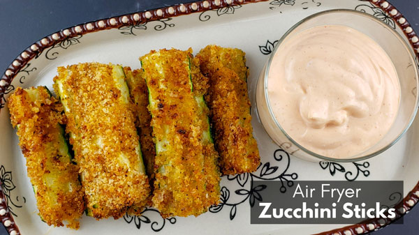Air Fryer Zucchini Sticks with Sriracha Mayo
